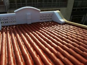 Impermeabilización de cubierta de teja cerámica.